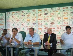 César Sampaio, Tirone, Frizzo, Walter Munhoz e representante da MOP (Foto: Daniel Romeu / Globoesporte.com)