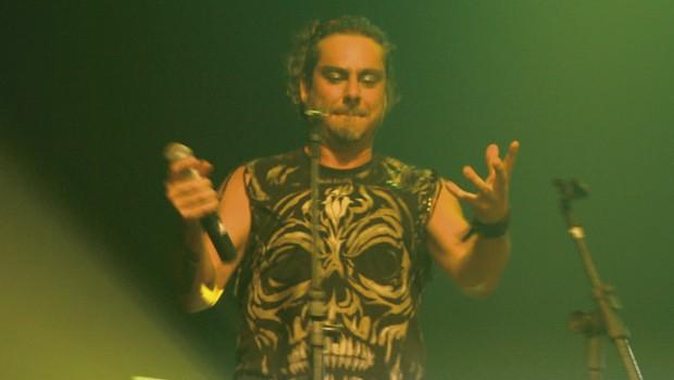 """Alexandre Nero reencontrou a sua ex-banda Denorex 80, no show """"Depois da fama, na cama com Denorex 80 + Alexandre Nero"""" (Foto:  Reprodução/RPC)"""