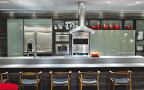 Decoração para inspirar: cozinhas gourmet, com ilha e americana