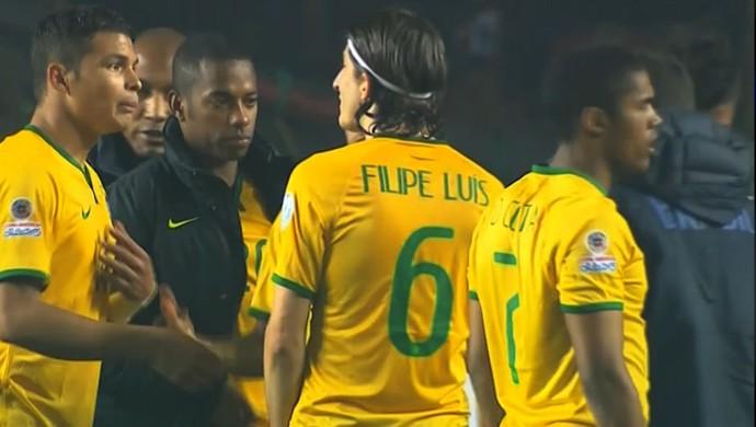 Thiago Silva flagra câmera SporTV (Foto: Reprodução SporTV)