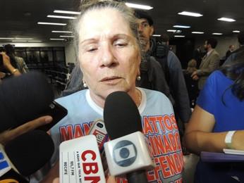A mãe de Manoel Mattos, a aposentada Nair Ávila, disse estar satisfeita com a condenação dos dois réus, mas ressaltou que acredita na condenação dos demais (Foto: Katherine Coutinho/G1)