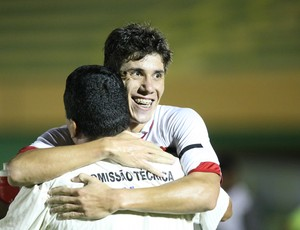 Giacarlo marcou o gol da vitória do Ferroviário contra o Crato (Foto: Normando Sóracles/Agência Miséria de Comunicação)