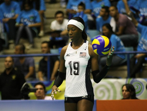 Destinee Hooker EUA v&#244;lei (Foto: Alexandre Arruda/CBV)