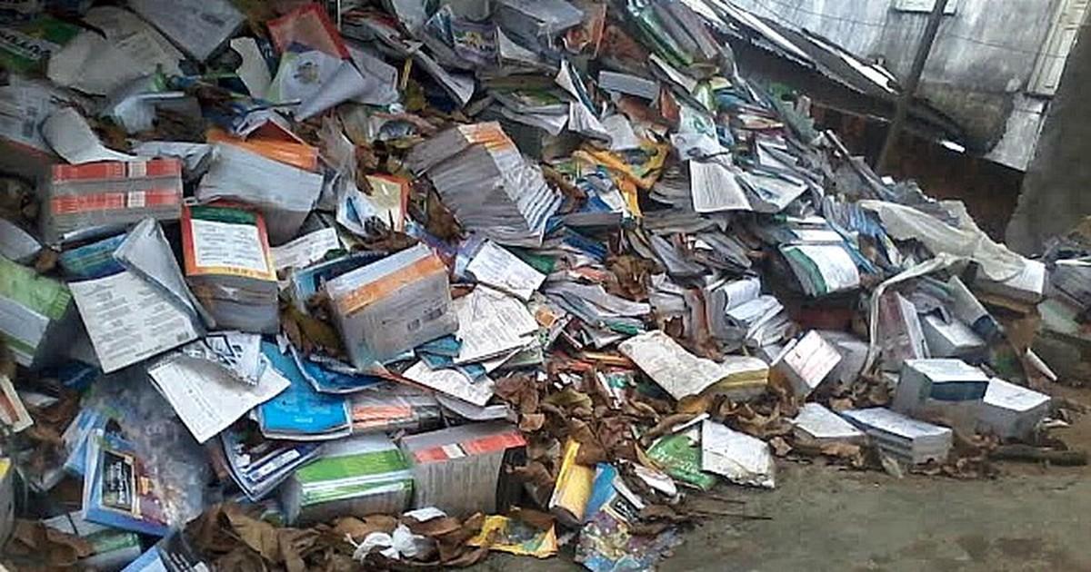 Leitora denuncia descarte de livros em via pública na Zona Leste de ... - Globo.com