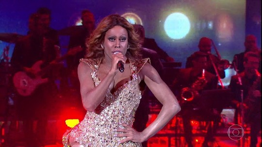 Reveja: Ícaro Silva interpreta Beyoncé no 'Show dos Famosos'