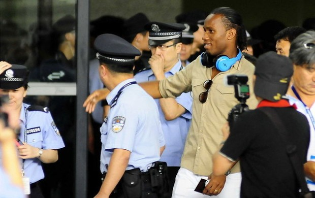 Drogba, shanghai shenhua, (Foto: Reprodu&#231;&#227;o / Sina.com)