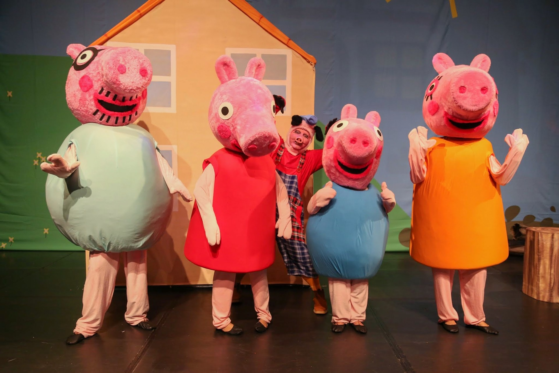 Peppa Pig e o Porquinho Mau (Foto: Divulgação)