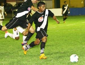 Ley acertou com o Sampaio para a temporada 2013 (Foto: Divulgação/Site do Mixto)