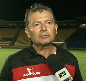 Técnico Filinto Holanda fez sua estreia como treinador do Moto Club (Foto: Reprodução/TV MIrante)