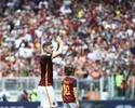 Em seu 600º jogo no Italiano, Totti dá assistência, e Roma vence o Chievo