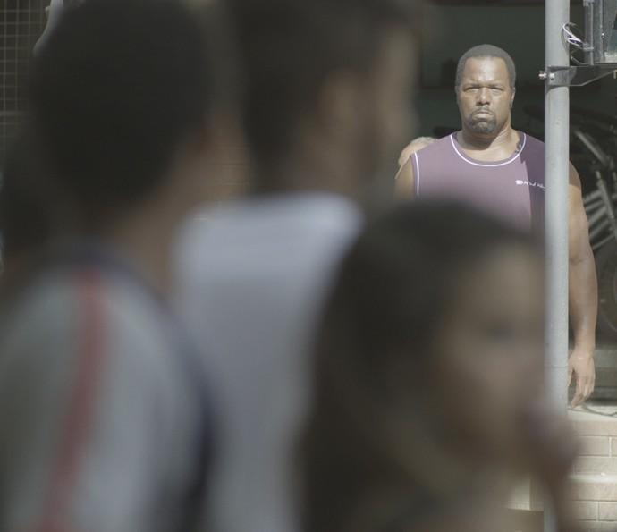 Durão dá o flagra em Cascudo! (Foto: TV Globo)