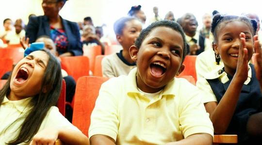 Algumas pessoas têm disposição genética para sorrir (Foto: Snapwire)