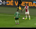 Legal o fair pl... Não, pera! Jogador do Ajax dá mau exemplo na Holanda