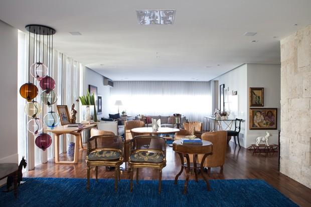 Apartamento dos anos 70 com mix de estilos no décor (Foto: Divulgação)