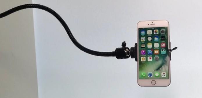 Suporte para celular, câmera, tablet e microfone é ideal para gravar vídeos sozinho (Foto: Divulgação/Goosepod)
