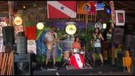 Banda Farofa Tropical fala da mistura de influências que formam seus shows
