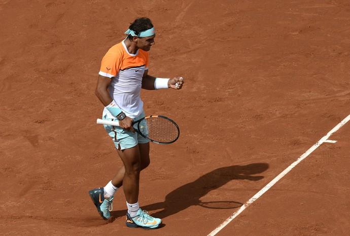 Rafael Nadal vence Almagro na estreia do ATP 500 de Barcelona (Foto: AP)