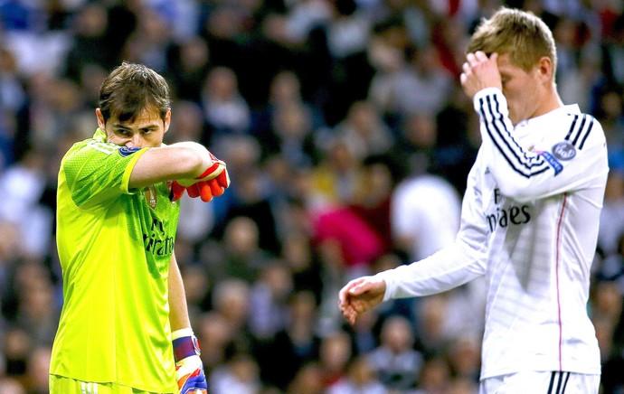 Casillas e Kroos, Real Madrid X Schalke (Foto: Agência EFE)