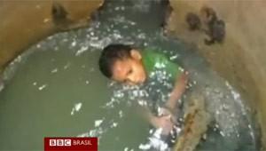 Menino desaparecido é encontrado em esgoto na Colômbia (Foto: BBC)