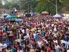 Parada do Orgulho LGBT pede fim da violência contra o grupo, em Goiânia
