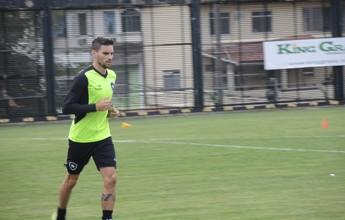 Pimpão inicia transição no Botafogo e pode reaparecer contra o Palmeiras