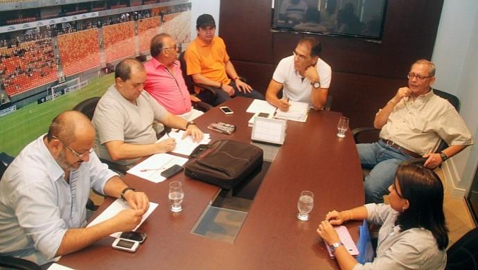 Reunião com os presidentes de times amazonenses (Foto: Antônio Assis)