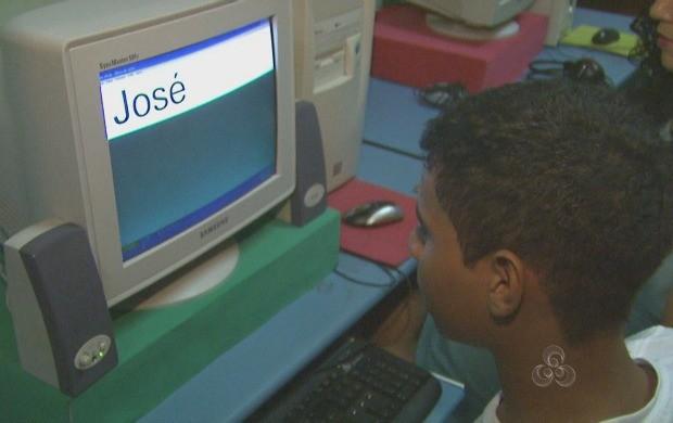 A reportagem mostrou as principais dificuldades e a superação dos deficientes visuais. (Foto: Acre TV)