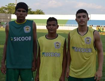 Artur Moraes, Victor Emanuel e Sirnande Júnior farão o Exame do Ensino Médio (Enem) nesta final de semana (Foto: Murilo Lima)