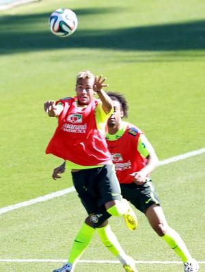 neymar treino seleção brasileira (Foto: Jefferson Bernardes/Vipcomm)
