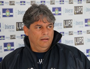 Marcelo Veiga, técnico do São Caetano (Foto: Divulgação/Site oficial)