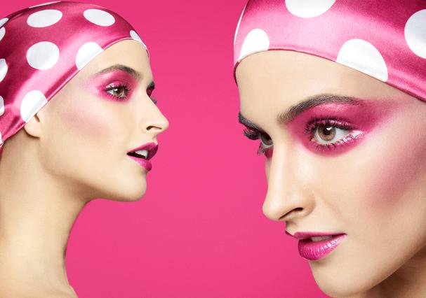 Pink fever na maquiagem carnavalesca monocromática (Foto: Danilo Apoena)