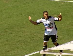 Túlio comemora gol pelo Rio Branco na final da A3 (Foto: Reprodução EPTV)