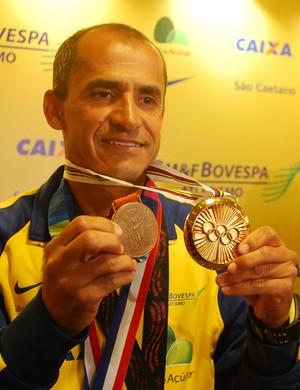 Vanderlei Cordeiro de Lima se emociona ao recordar maratona de Atenas 2004 (Foto: Marcos Guerra)