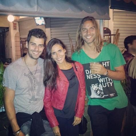 Lucas Malvacini, Bruna Alvin e um amigo (Foto: Arquivo pessoal)