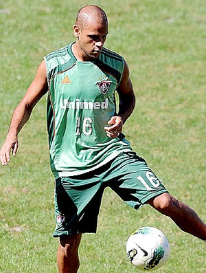 Carlinhos no treino do Fluminense (Foto: Dhavid Normando / Photocamera)
