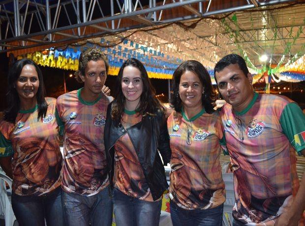 Jurados comemoram nível das quadrilhas do Levanta Poeira 2012 (Foto: Denise Gomes /G1 SE)