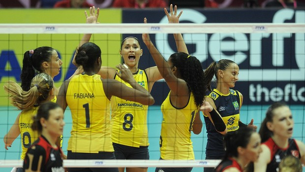 Brasil vence a Turquia (Foto: Divulga&#231;&#227;o/FIVB)