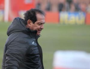 Muricy Ramalho na partida contra o  Inter (Foto: Diego Guichard/GLOBOESPORTE.COM)