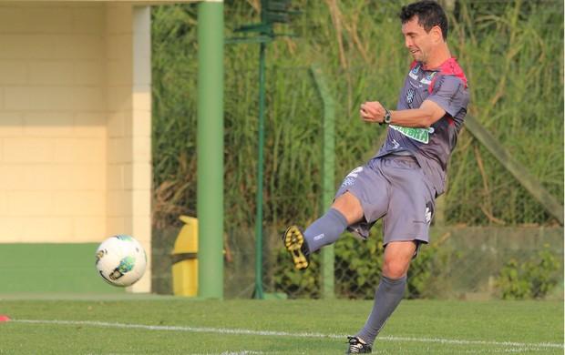 Fernandes, meia do Figueirense (Foto: Luiz Henrique, Divulgação / Figueirense FC)