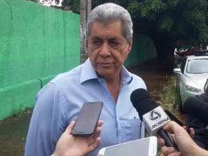 PF cumpre mandado de busca em apartamento do ex-governador de MS (Foto: Ariovaldo Dantas/ TV Morena)