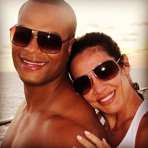 Scheila Carvalho e Tony Sales (Foto: Reprodução/ Twitter)