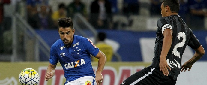 Cruzeiro x Botafogo, Willian (Foto: Washington Alves/ Lightpress)