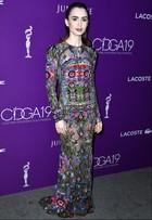 Lily Collins, Mandy Moore e mais famosas vão a premiação