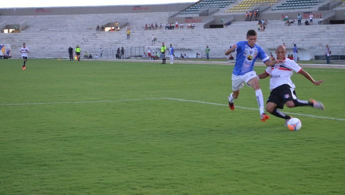 Santa Cruz-PB x Atlético-PB, no Estádio Almeidão, pelo Campeonato Paraibano 2015 (Foto: Renata Stuckert Vasconcellos / GloboEsporte.com)