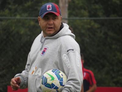 Luciano Gusso Técnico do Paraná Clube (Foto: Fernando Freire)