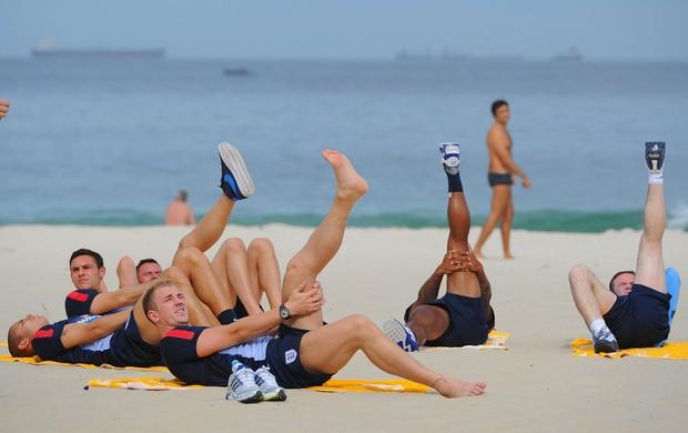 inglaterra treino praia rio de janeiro (Foto: Getty Images)