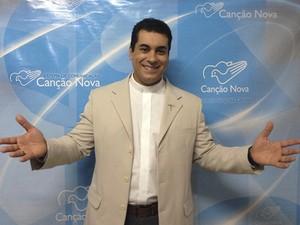 Padre de Divinópolis estreia programa na Canção Nova (Foto: Padre Chrystian Shancar/Divulgar)