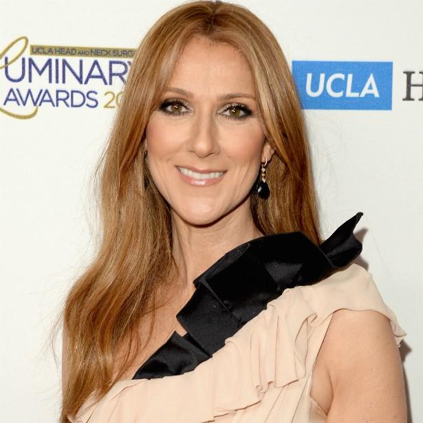 A cantora Céline Dion conviveu com TREZE irmãos em casa. (Foto: Getty Images)