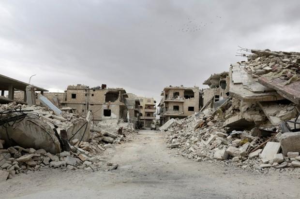 Das 19 localidades sitiadas, ONU consegue distribuir ajuda em 14 (Foto: Khalil Ashawi/Reuters)