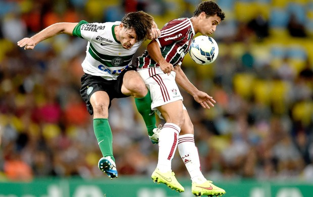 Germano e Jean, Fluminense e Coritiba (Foto: Getty Images)